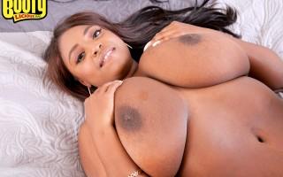 Huge ass Olivia Jackson fucks a guy with her massive black tits