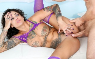 Pussy acrobats with Bonnie Rotten and Erik Everhard