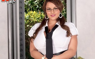 After school special with mega busty Terri Jane