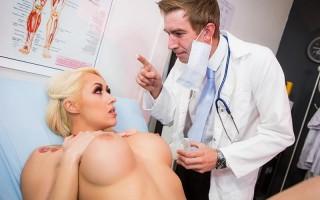 Big tits blonde Christina Shine seduces doctor
