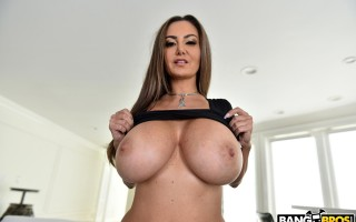 Busty mom Ava Addams In Naughty Vacuuming