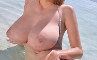 Lucie Wilde\'s best pool solo