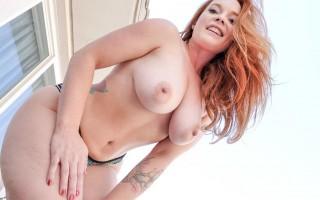 Perv redhead mom Summer Hart POV sex