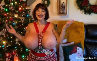 Brittany Elizabeth social media Christmas 2019