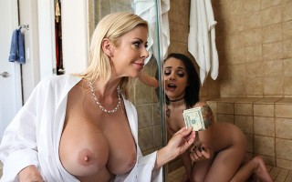 Alexis Fawx shares a young little girl with her husband