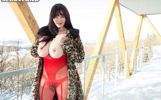 Vanessa Y. snow job