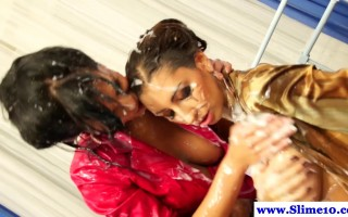 Strapon fucking lesbians wet and messy