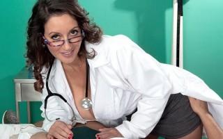 Breast Of Busty Milf Titfucks & Blow Jobs